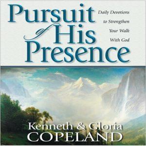 Pursuit of His Presence: Paperback - Bk